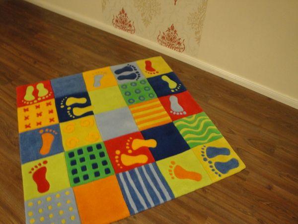 Kinderteppich- Puzzle-Teppich 120 x 120 cm Gustav und seine Freunde